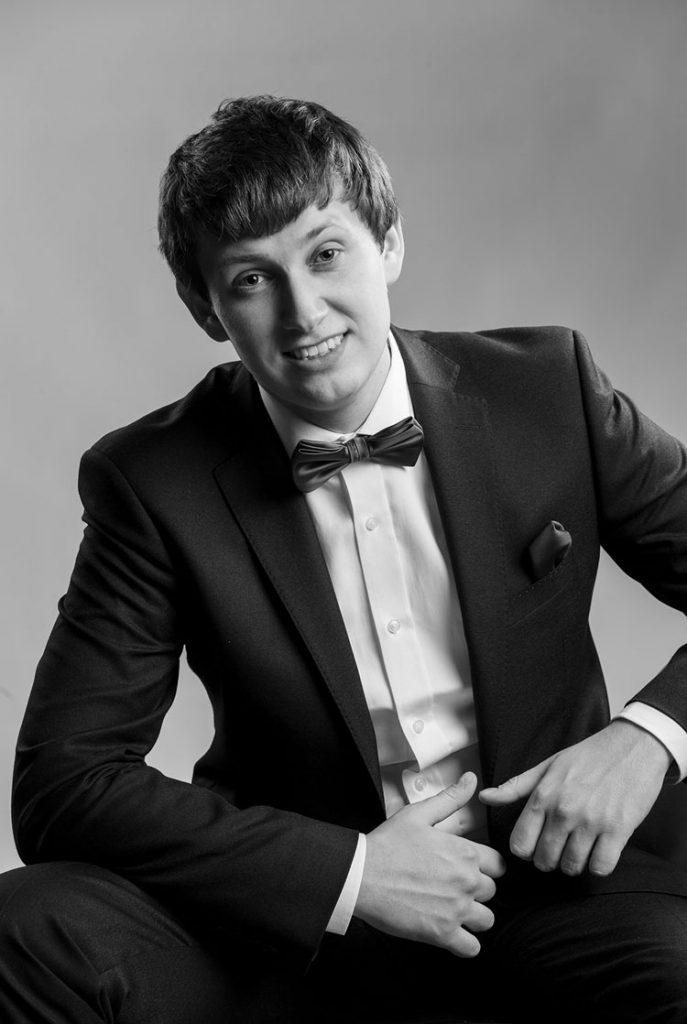 Артем Гасленко